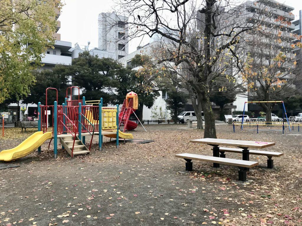 反町公園遊具