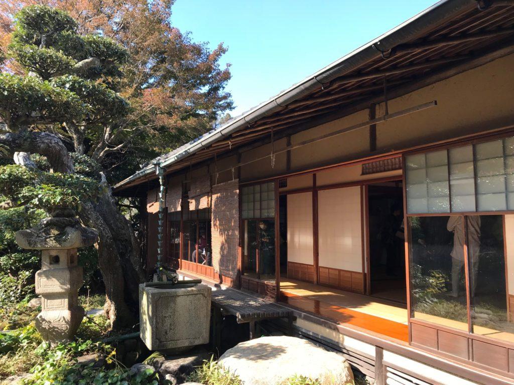 山本条太郎別荘居間