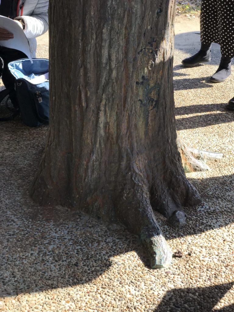 青銅製擬木